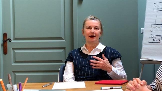 Anne Munchenbach - offre pour les entreprises moyennes en transition (ETI, entreprises de taille intermédiaire, PME) - innotelos | vitamines pour l'innovation (Grenoble - Lyon - Chambéry)