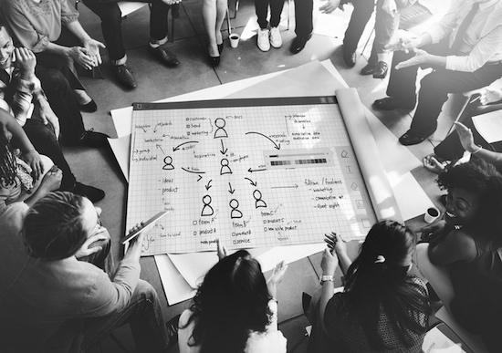 agilité / équipe agile - innotelos | vitamines pour l'innovation - Grenoble / Isère et Lyon / Rhône - Auvergne Rhône Alpes AURA - image sour licence Shutterstock tous droits réservés